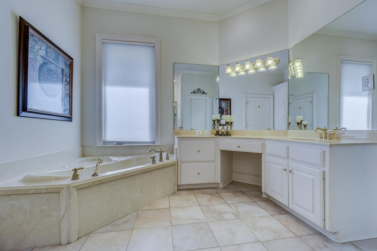 Gdy można poszaleć – urządzamy dużą łazienkę