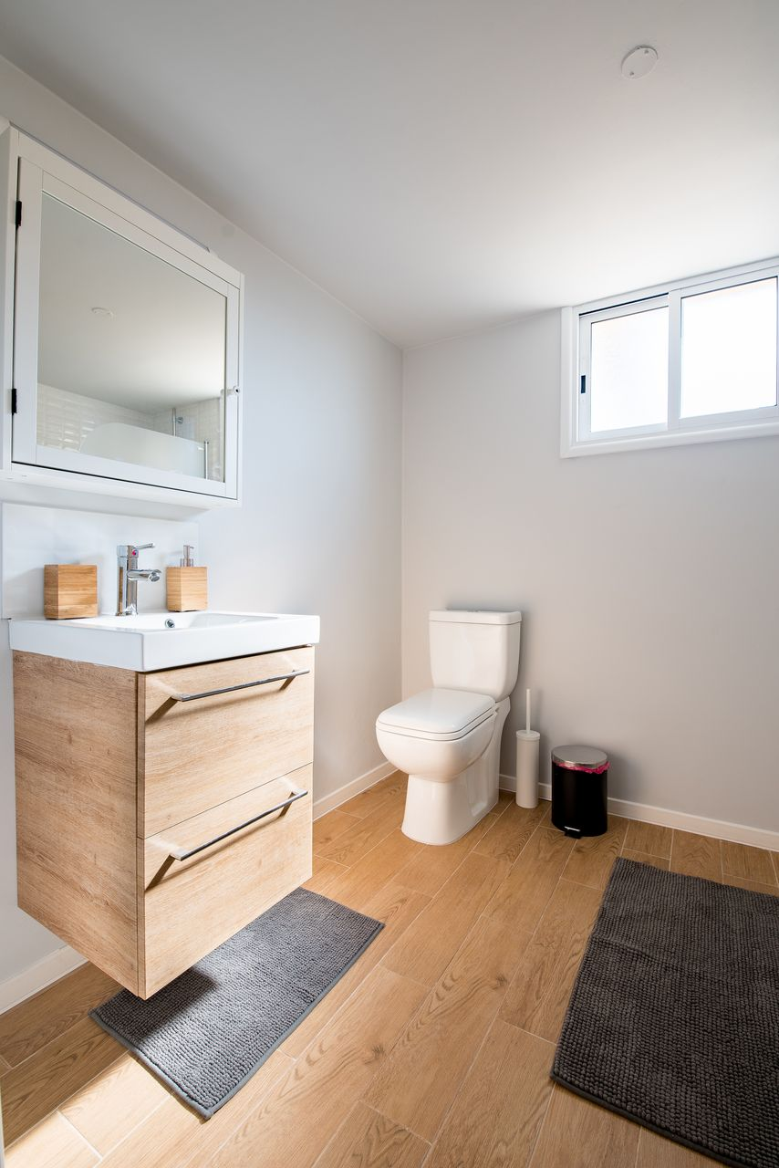 Na co zwrócić uwagę przy montażu szafek w łazience?